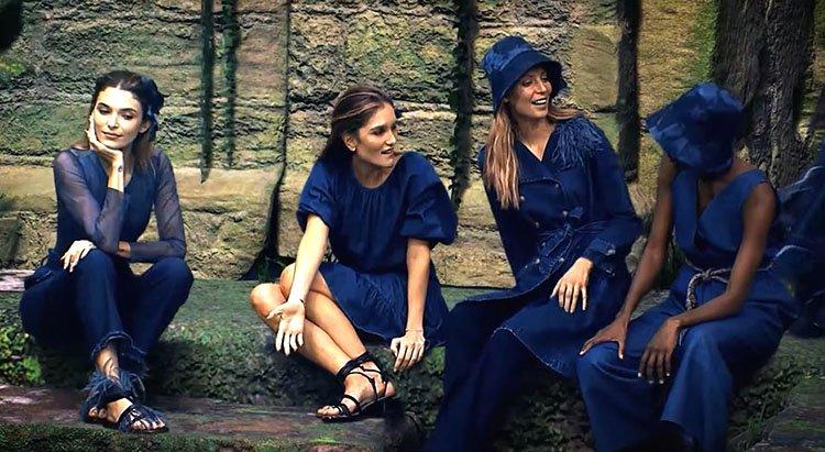 Modelos luciendo traje de jean y sombrero azul de Arkitect Colombiamoda 2020